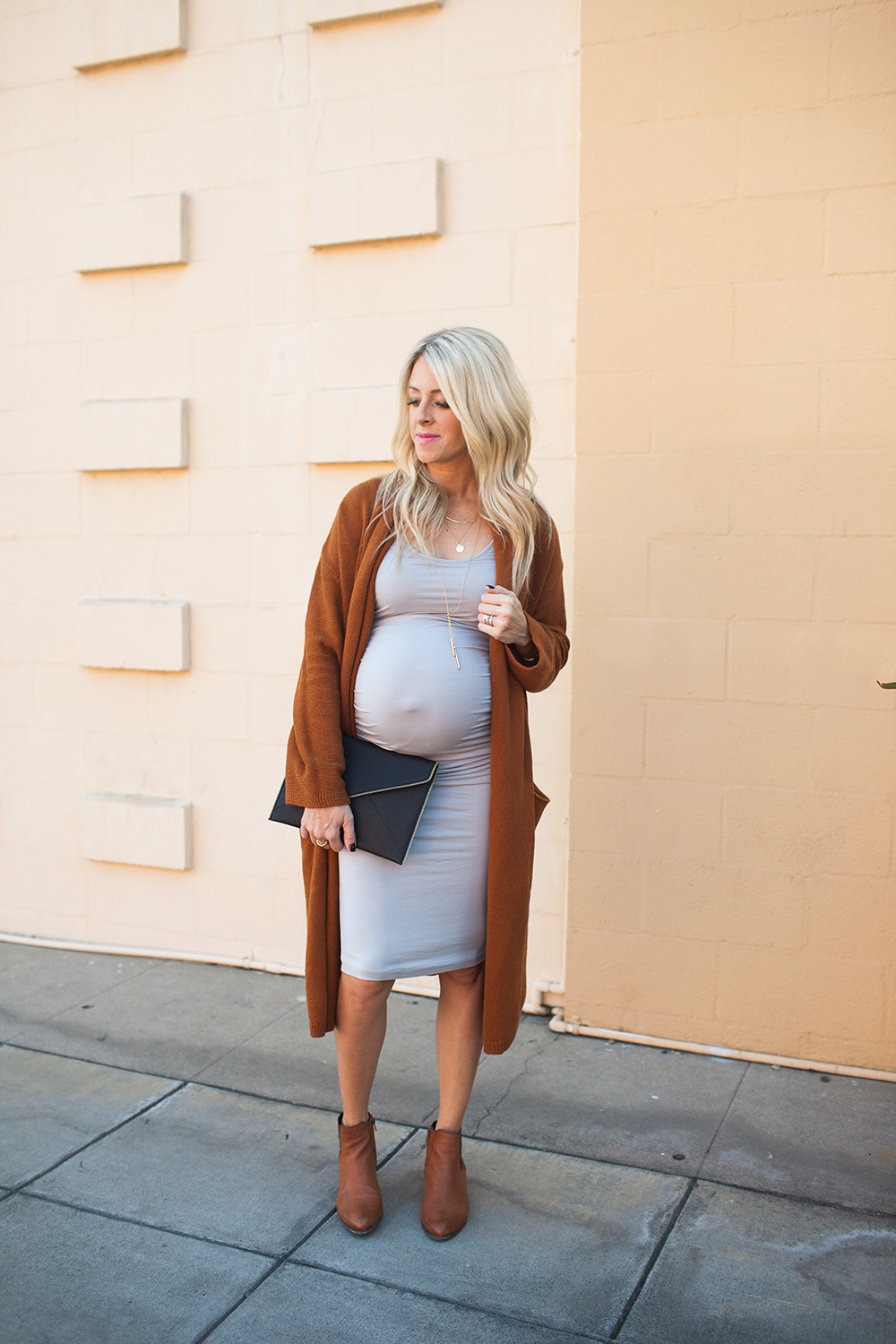 kailee-wright_grey-dress-long-cardigan