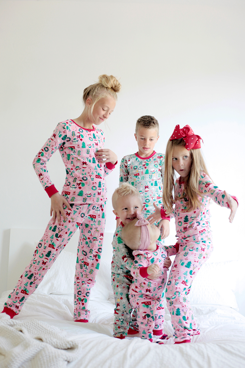 f08d989e0234 Our favorite holiday family traditions kailee wright jpg 1000x1500 Home  depot pajamas