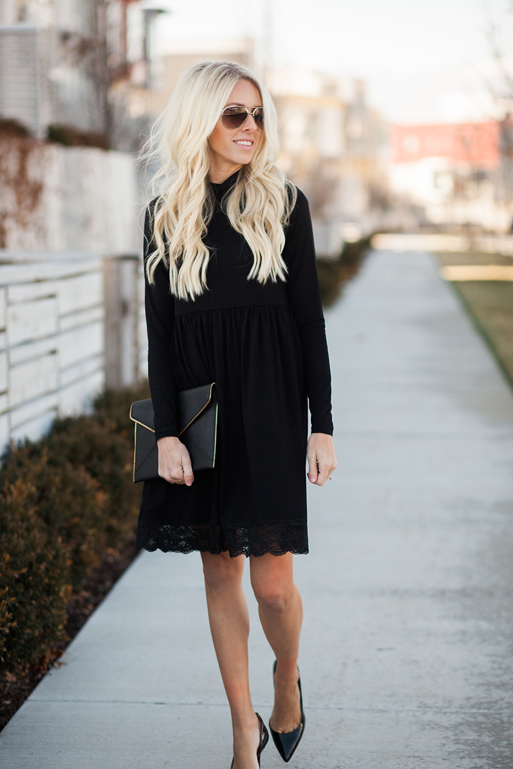 Kailee-Wright-Holiday-black-dress-17-10