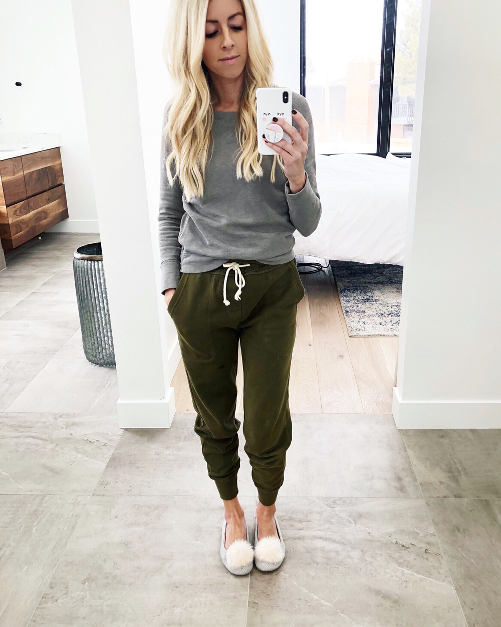 kailee wright weekly update, joggers