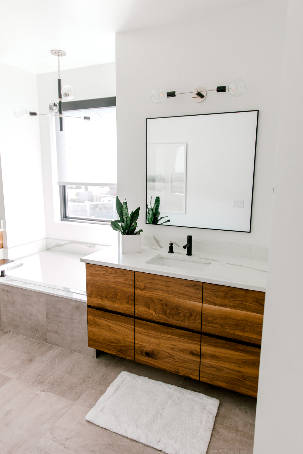 Kailee Wright Master Bathroom