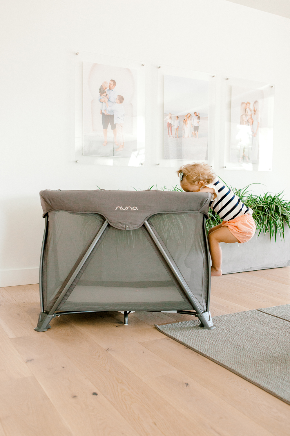 Kailee Wright Nuna crib