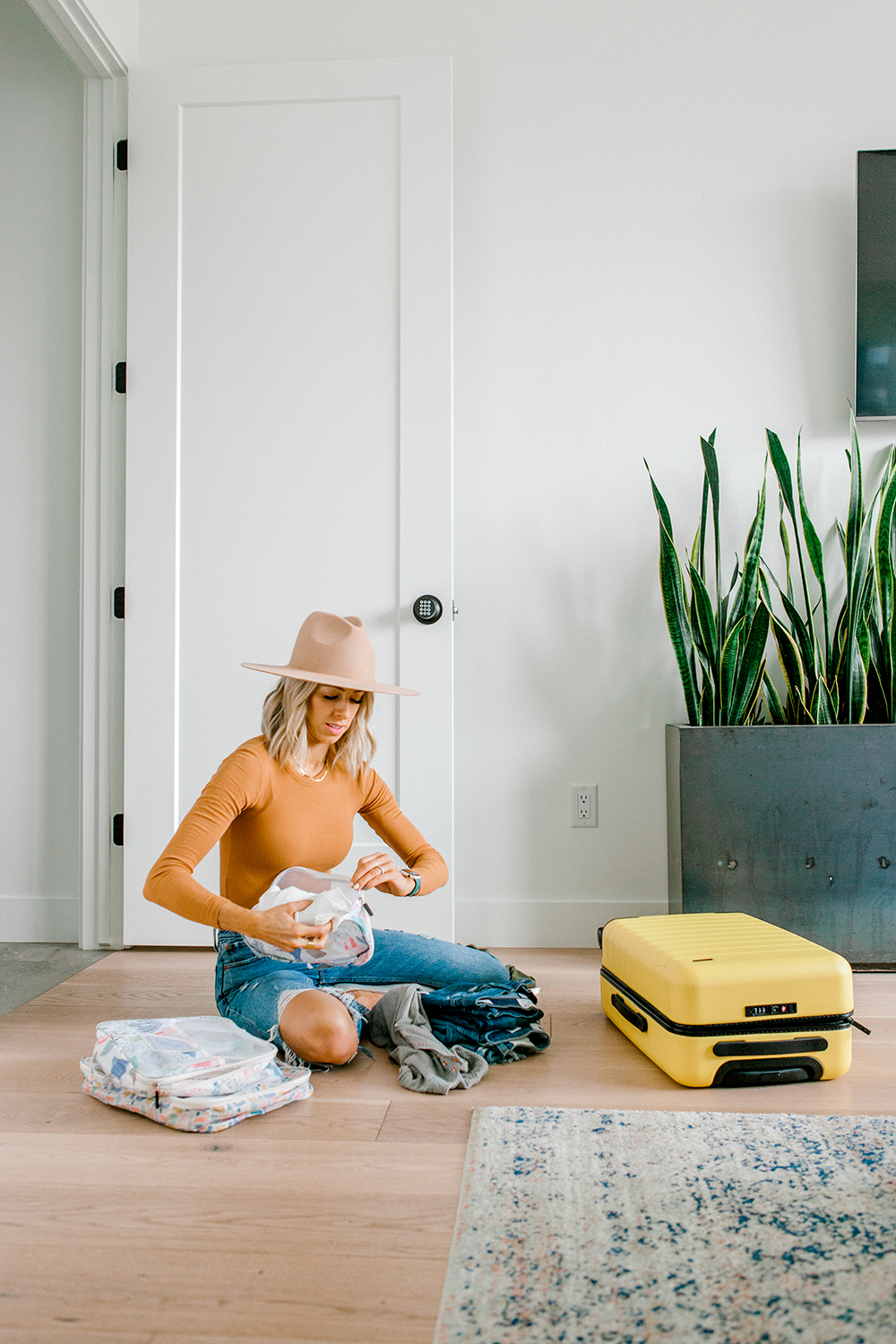 Kailee Wright Minimalist packing