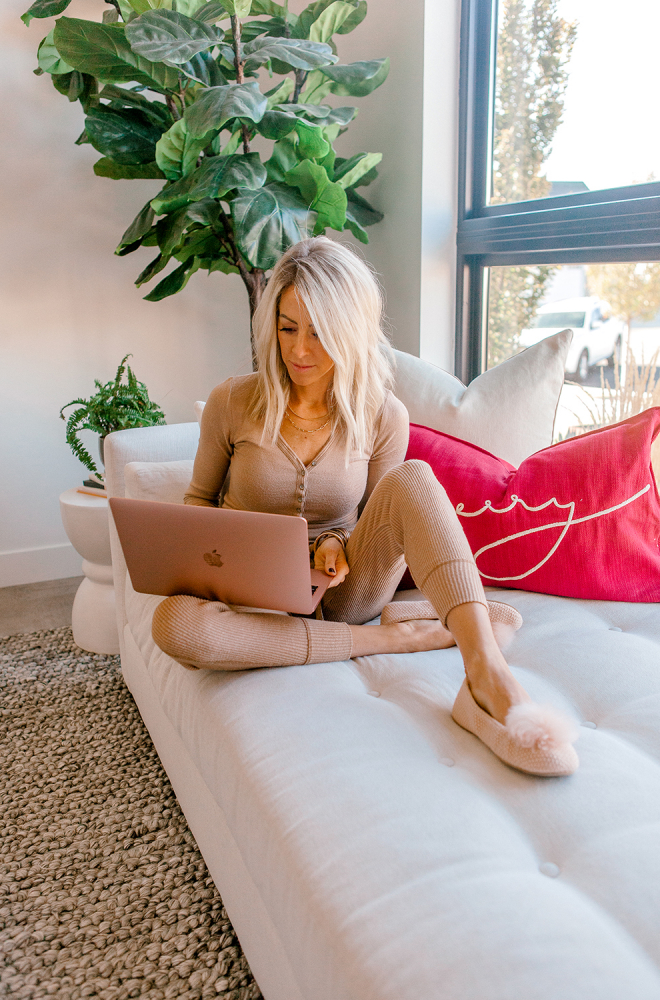 kailee wright cyber monday sales