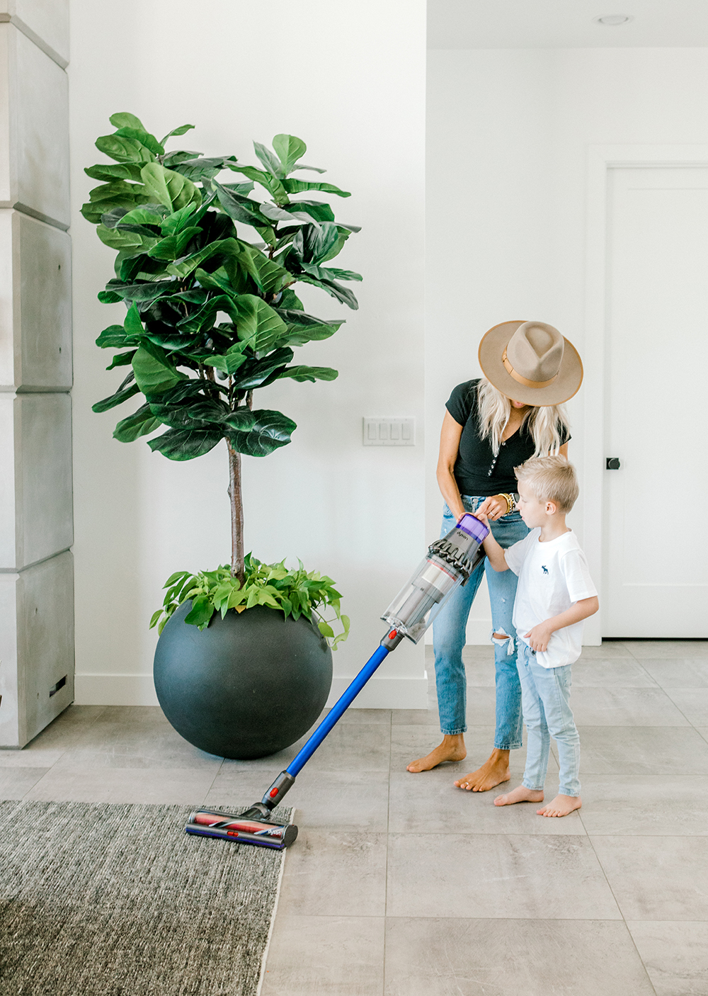 Kailee Wright QVC dyson vacuum