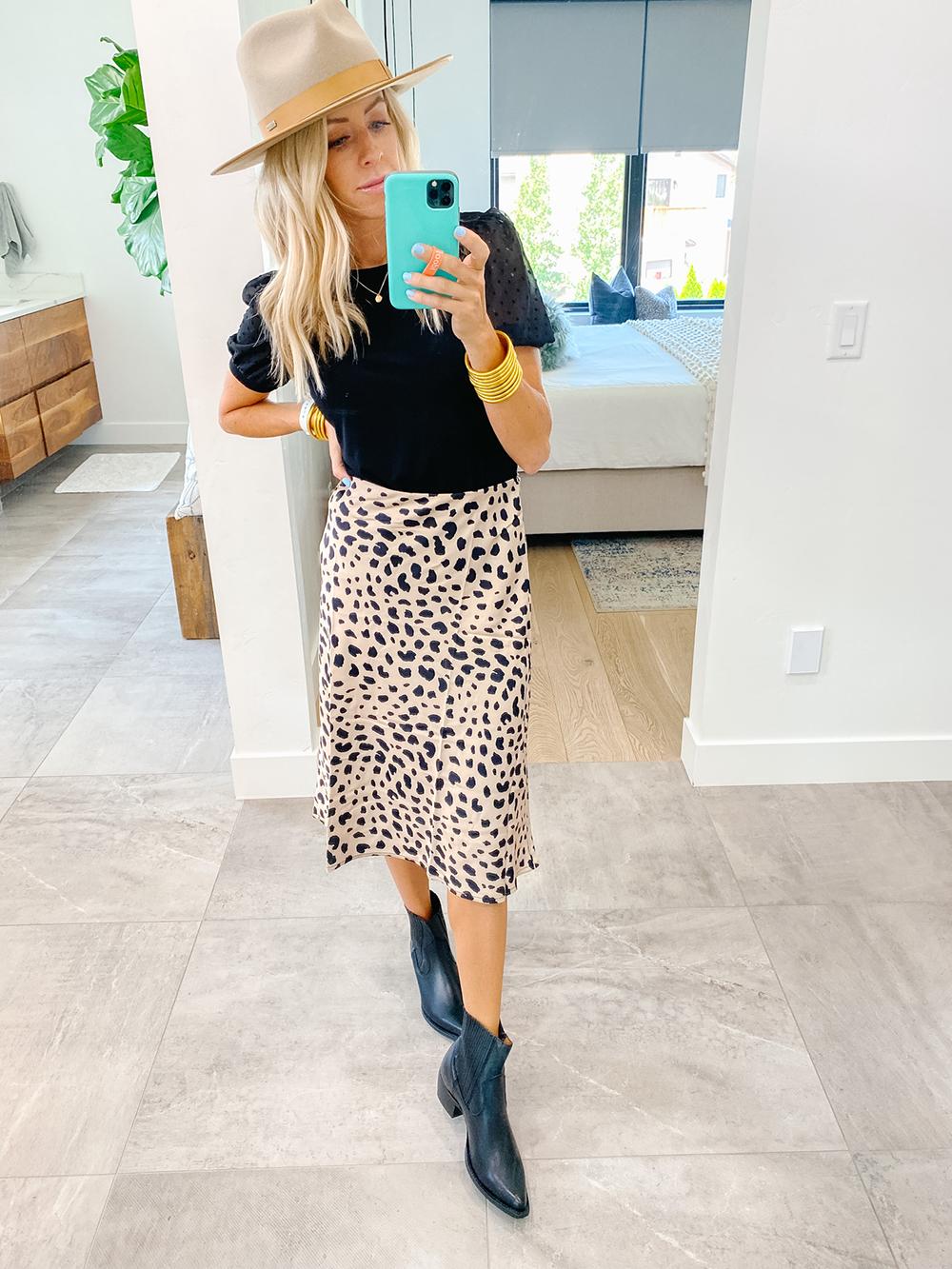 kailee wright amazon leopard skirt